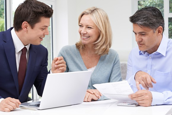 Mortgage Officer with Couple